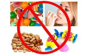 Vừa lấy cao răng hạn chế ăn đồ ngọt và đường